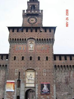 Castello Sforzesco., Nabarun N - June 2008