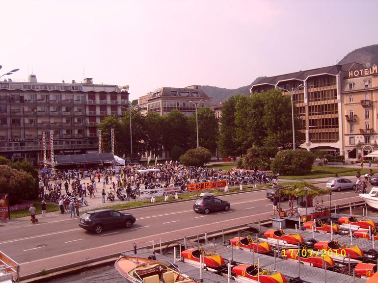 Como Square - Milan
