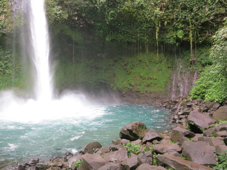 La Fortuna Waterfall - La Fortuna