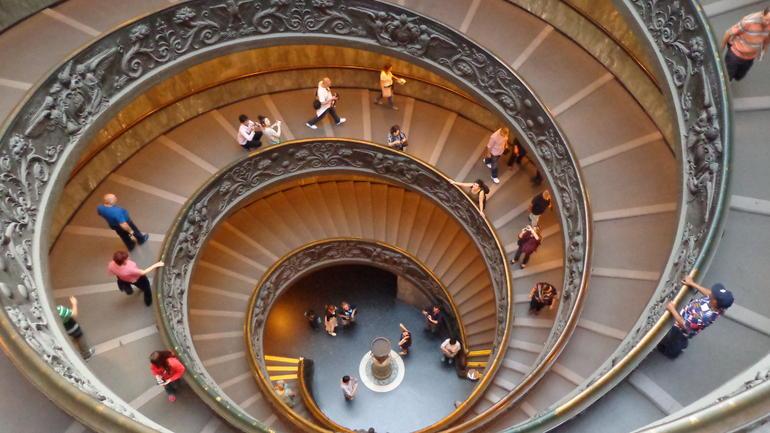 Mooie trap in het Vaticaans museum - Rome
