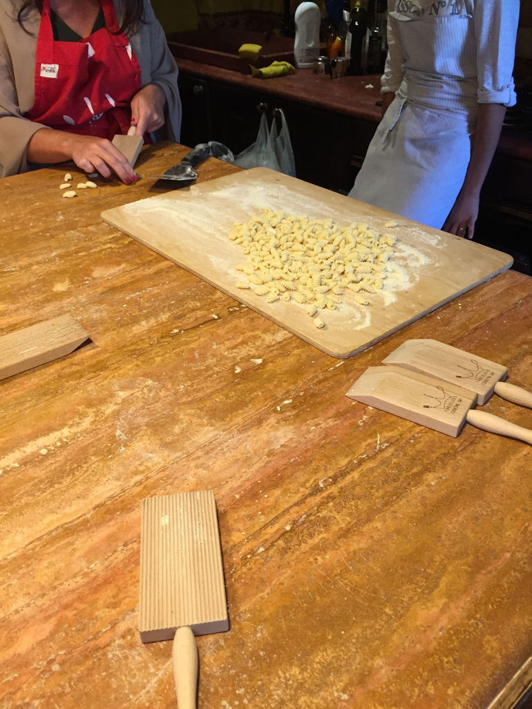 Small-Group Cooking Lesson in Roman Countryside photo 33