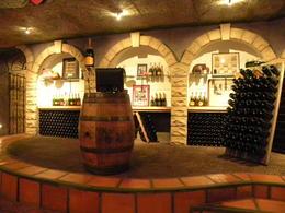 Inside wine tasting , SIOBHAN P - November 2011
