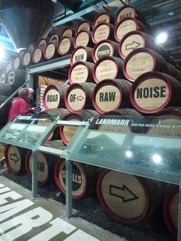 E n France on sait faire le vin mais les Irlandais font de la biere et c'est tout un art comme le vin!! , jose vincent c - November 2014