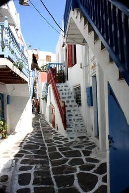 Alleyways of Mykonos... colour everywhere!, SCV - March 2014