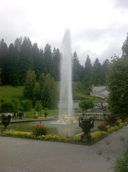 Linderhof tour was timed perfectly to allow us to see the fountain , mrosenki - November 2016