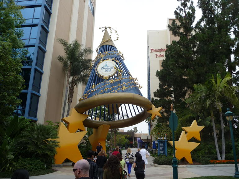 Entrance to the Disneyland Hotel - Anaheim & Buena Park