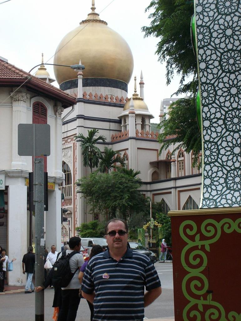 Fatih at the front of Sultan Mosque Singapore - Singapore
