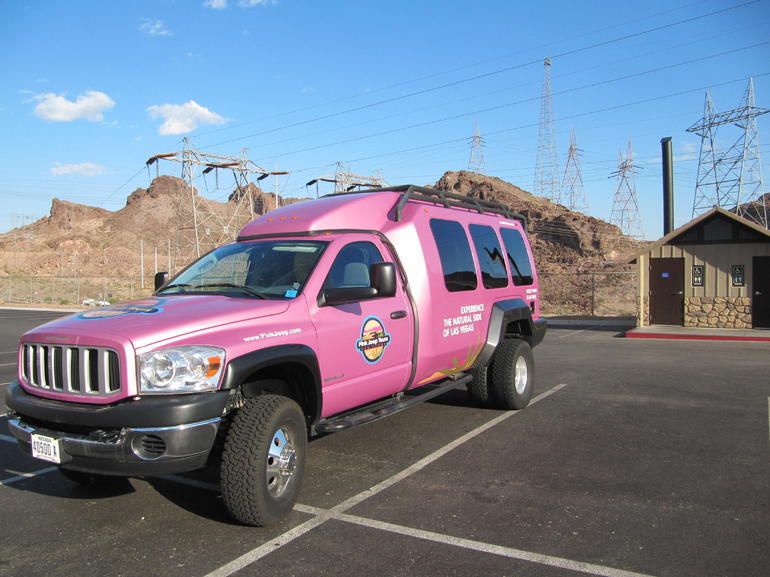 Pink SUV - Grand Canyon National Park
