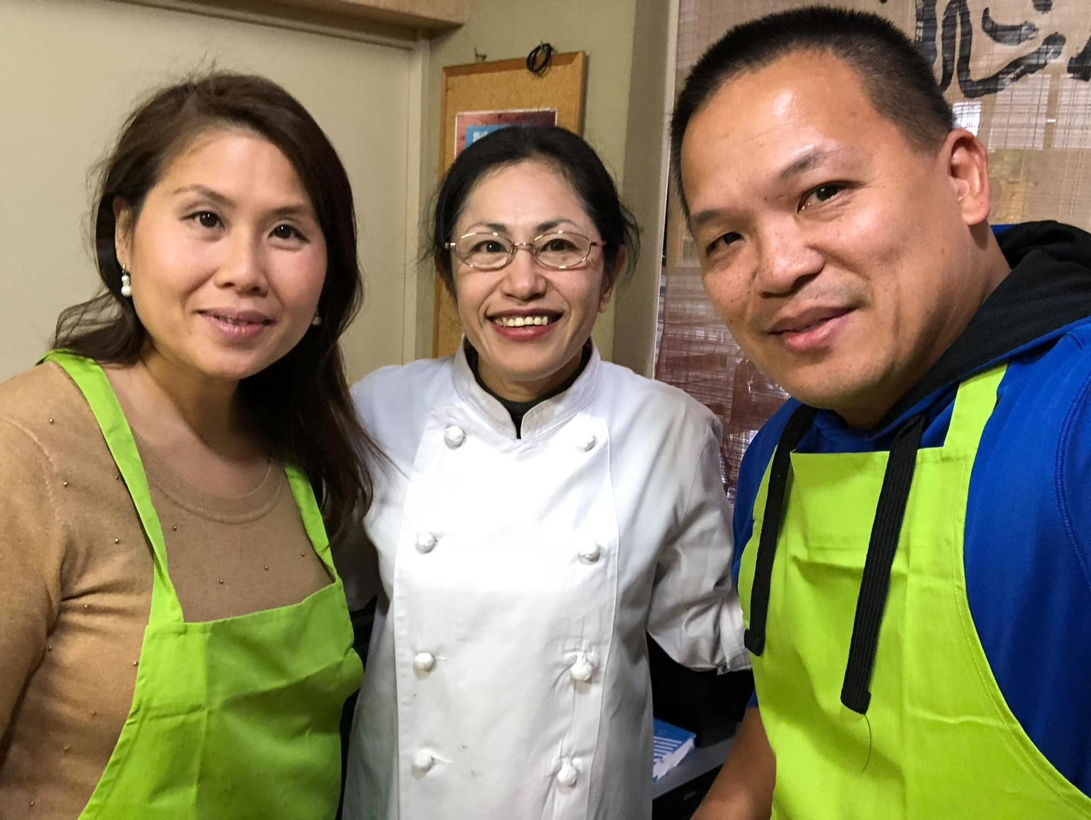 MÁS FOTOS, Unique Private Cooking Class with a Tokyo Local Emi