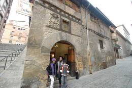 my family ,wife ,son and daughter about to go in for the tourist lunch ,Segovia , tom - January 2014
