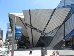 Royal Ontario Museum , Lori B - July 2017