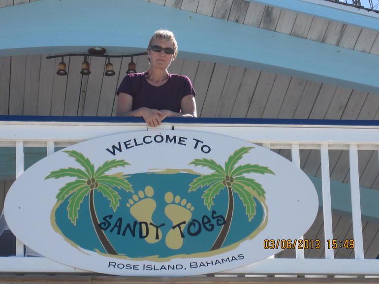 Sandy Toes Upper Deck - Nassau