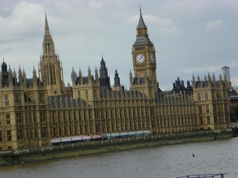 100_0384 - London