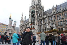 This is the main square in Munich where the new and old town halls are located, 3 major churches(the FrauenKirche,Peterskirche and Holy Spirit) are, the Viktualien markt and the Hofbrauhaus. , Catherine C - November 2013