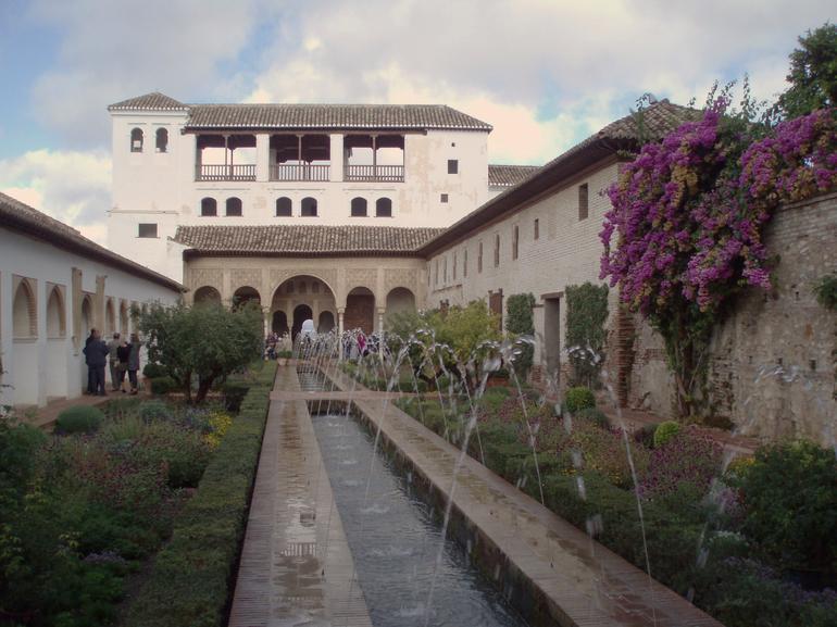 PA100645 - Seville
