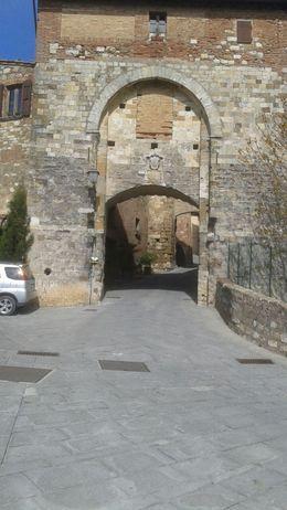 Entering , bobbika - April 2015