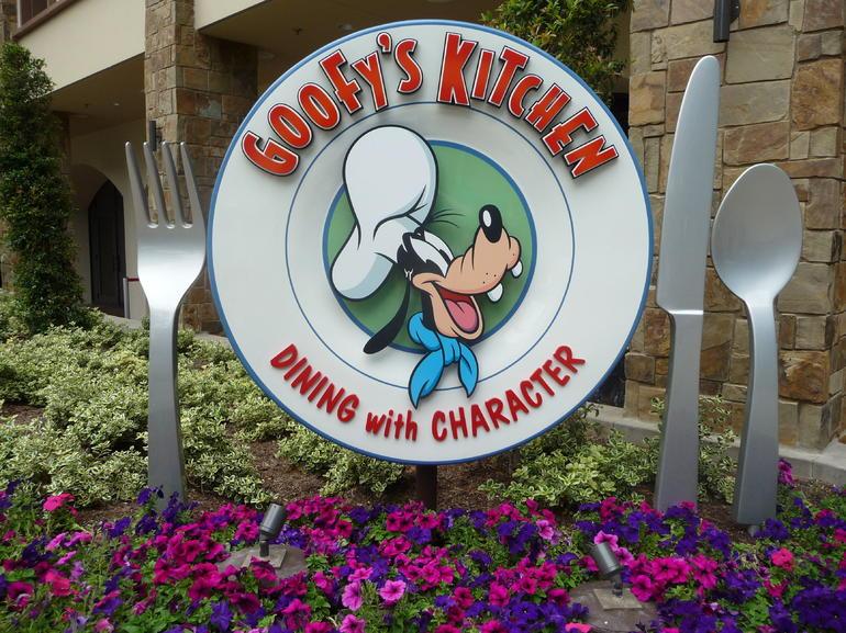 Goofy's Kitchen - Anaheim & Buena Park