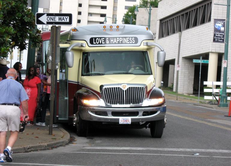 Love Bus - Memphis