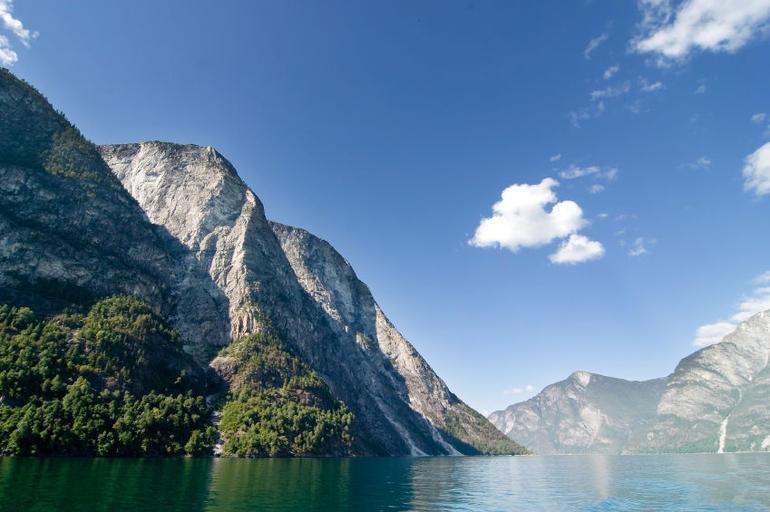 Norwegian Fjords - Oslo