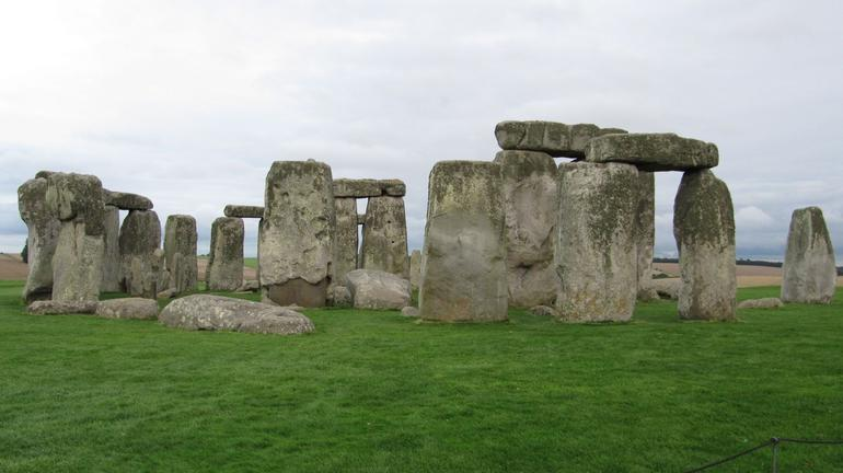 Another view of the stones - London