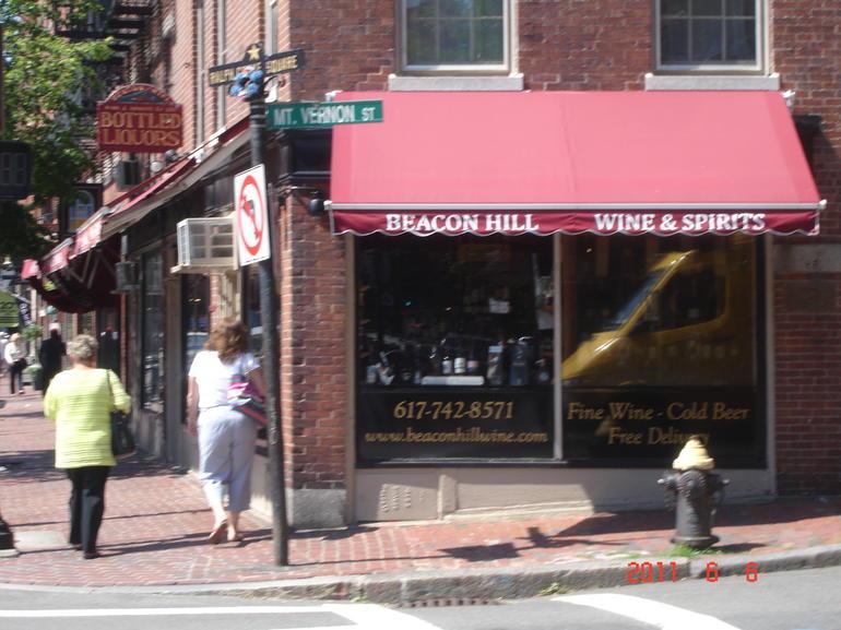 Charles Street shops - Boston