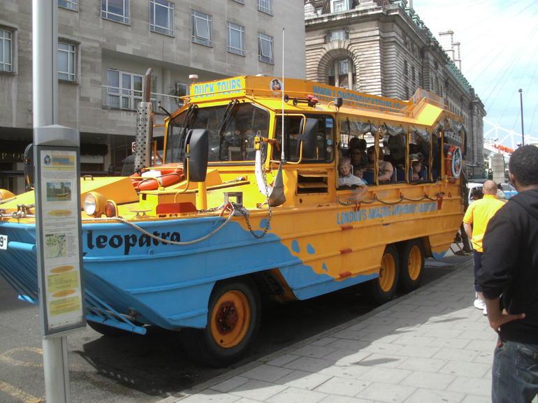 Cleopatra - Duck Tour Bus - London