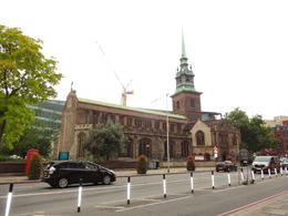 Visiting London's oldest church between the bus ride and boat ride , kking01 - August 2017