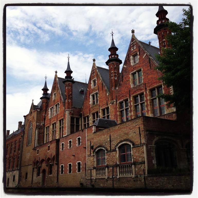 Amazing architecture in Brugge Belgium - Paris