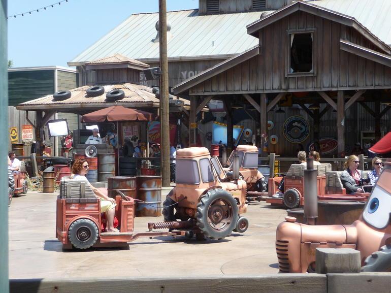 Mater's Tractor Ride - Anaheim & Buena Park