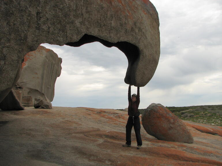 Remarkable Rocks & Admirals Arch - Adelaide