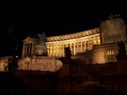 Apparently Romans despise this building but it sure makes for beautiful night shots., Isabelle B - September 2008