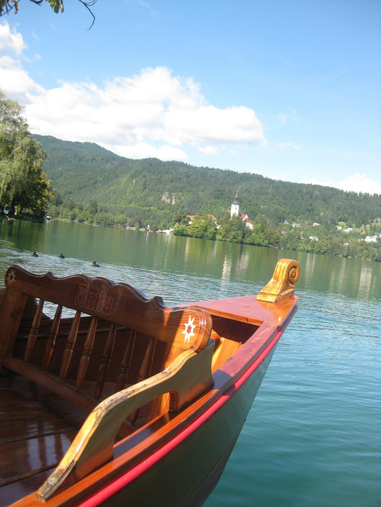 Boat to the island. - Ljubljana