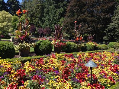 Vancouver to Victoria and Butchart Gardens Tour by Bus Viator