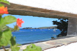 View through a window in the wall of Dali's patio , Lindsey - May 2011