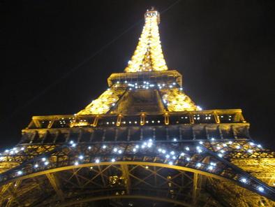 Billets coupe file tour de la tour eiffel de nuit paris garantie prix bas - Monter a la tour eiffel prix ...