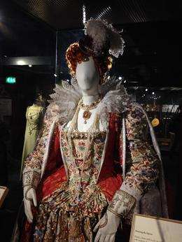 Queen Elizabeth I outfit, emmaknock - August 2016