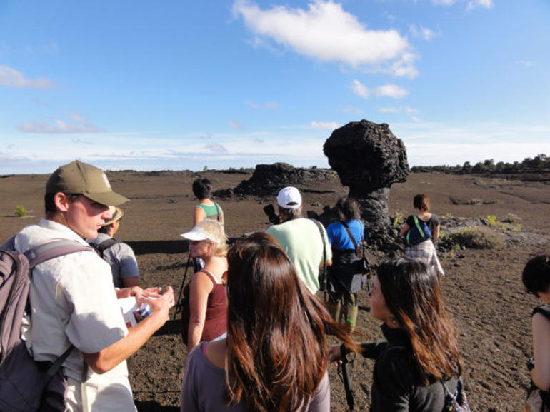 Hiking toward Mauna Ulu - Big Island of Hawaii