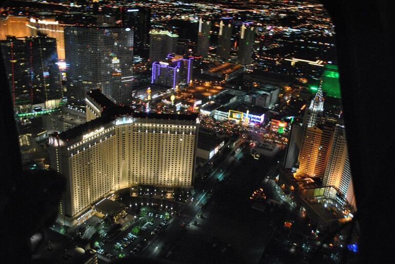 survol de las vegas by night - Las Vegas