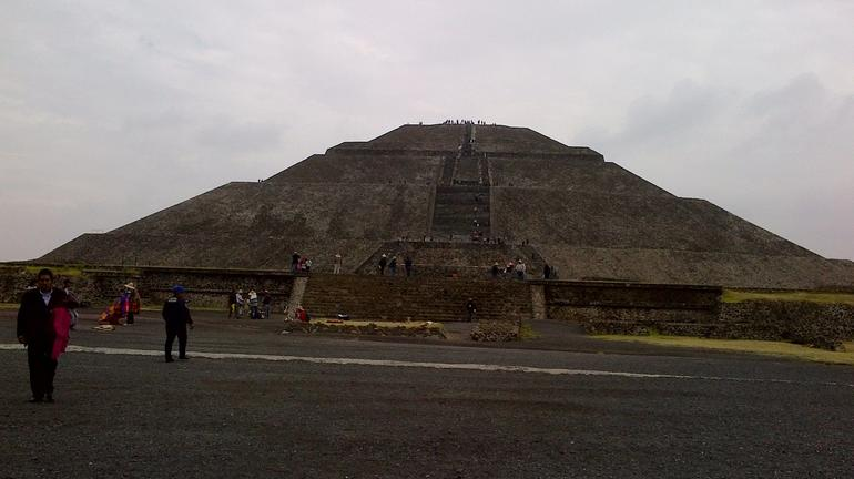 Teotihuacan Pyramids and Shrine of Guadalupe photo 15