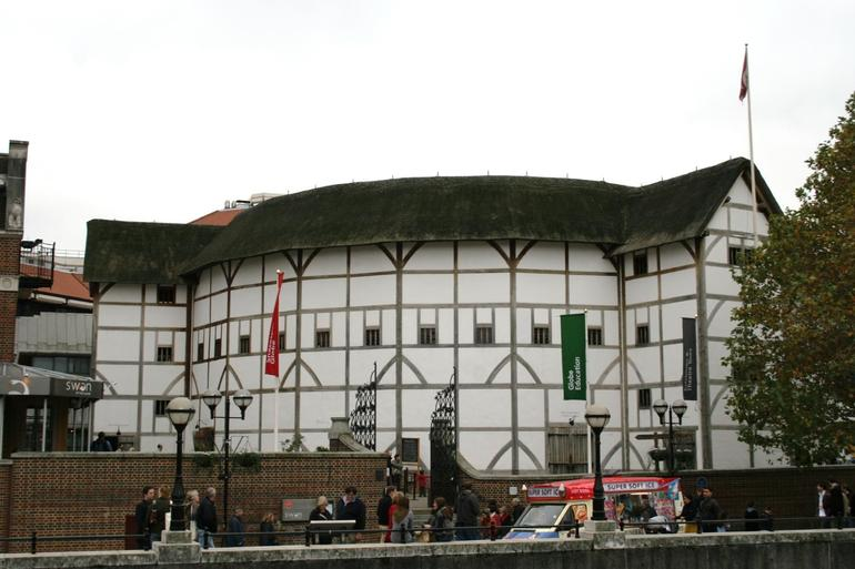 Shakespeare Globe Theatre - London
