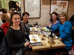 Making new friends over dinner. , Vincenza S - February 2018