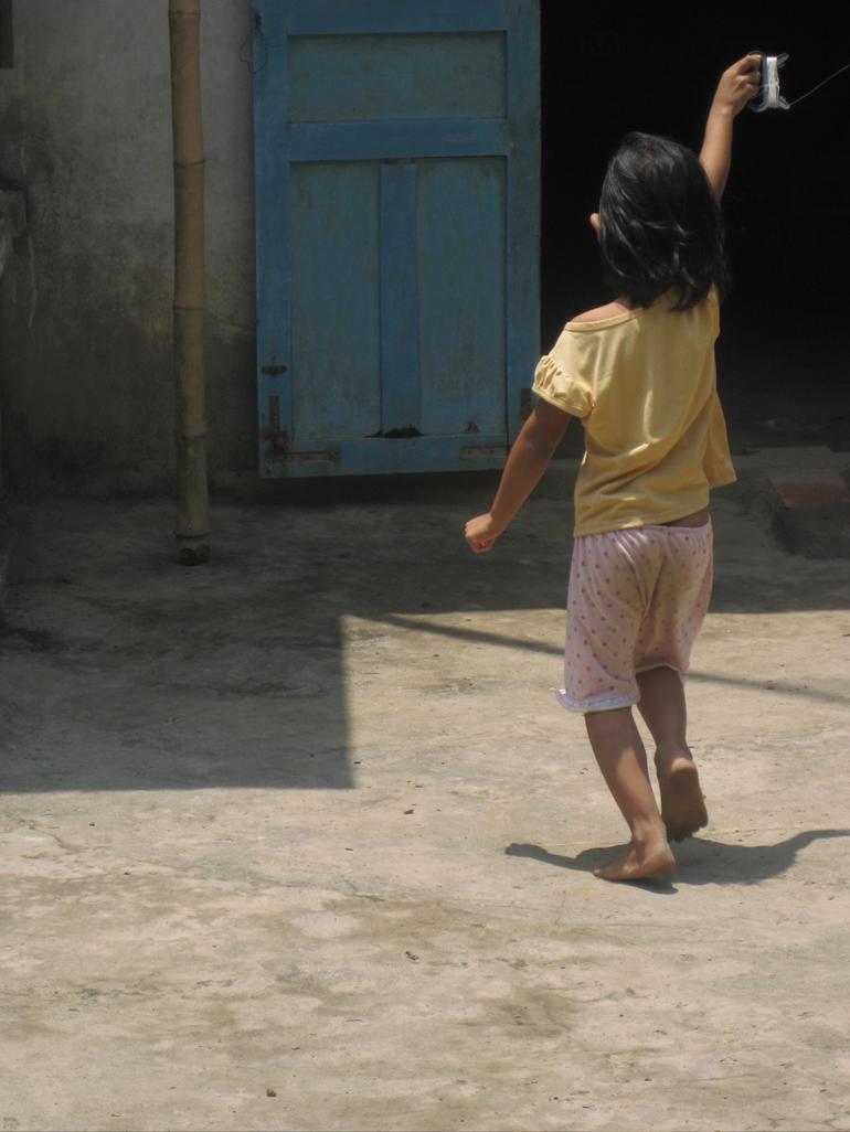 Girl With Kite - Ho Chi Minh City