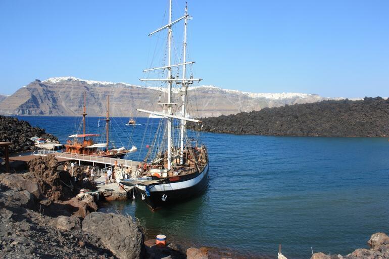 Santorini cruise -
