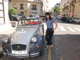 Meeting our private guide/driver of the 2CV in Paris, Barrie S - September 2011