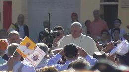 El la foto se puede apreciar la poca distancia a la que pude ver al Papa Francisco. , Jesús Arcos - September 2013