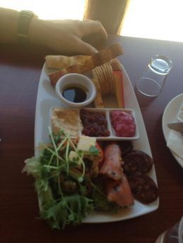 Lunch Platter - Shared between two. , Kierrra - February 2014