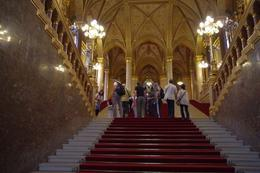 This is really a grand entrance and one feels very important to walk up these stairs on this red carpet. Look at the stunning chandeliers hanging from the ceiling., Elmarie Magda D - August 2010
