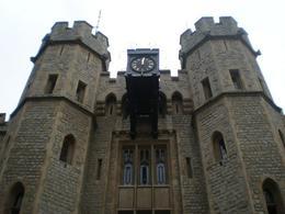 Nice touch (the Clock)., Ali E - September 2008