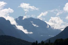 Was cloudy in Munich but over here in Berchtesgaden, the weather was quite pleasant. - October 2009