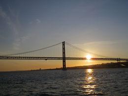 Vue du pont du 25 avril , Marie-Françoise M - May 2016